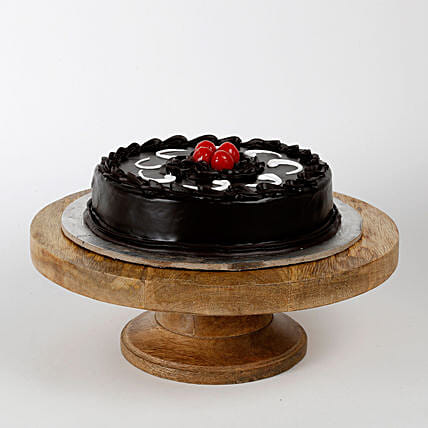 Chocolate Truffle Cake: Kiss Day Gifts