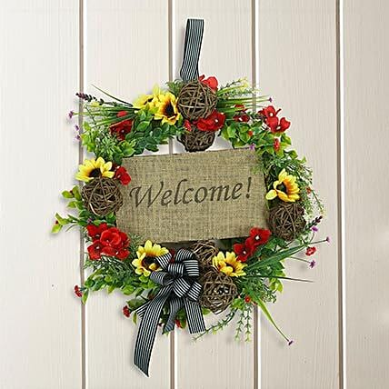 Beautiful Wreath: Home Decor Gifts for Christmas