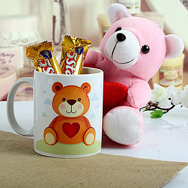 Cute n Sweet Hamper: Romantic Chocolates