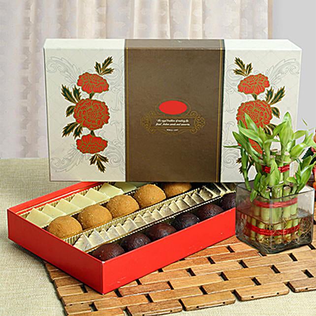 Luck N Sweet Delight: Order Plants n Sweets