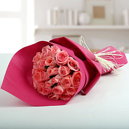 Cute Pink Roses Bunch: Get Well Soon
