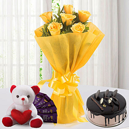 Roses N Choco Hamper: Flowers with Chocolates