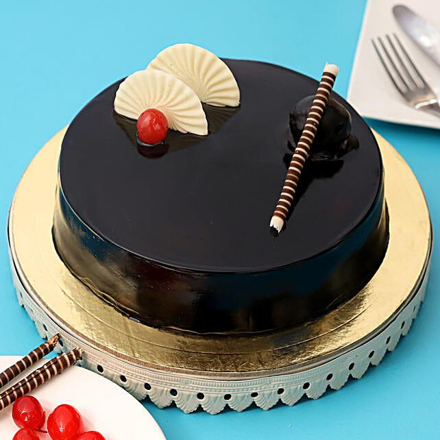 Exotic Chocolate Cream Cake:
