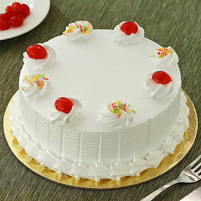Fresh Vanilla Cake: Cake Delivery in Jalpaiguri