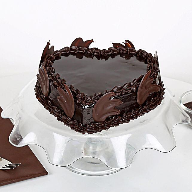 Heart Shape Truffle Cake: Send Eggless Cakes to Lucknow