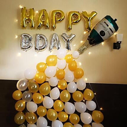 Champagne Décor: Birthday Decoration Services
