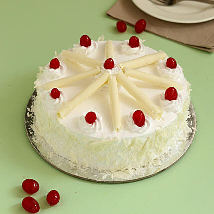 White Forest Cherry Cake: Grand Parents Day Gifts