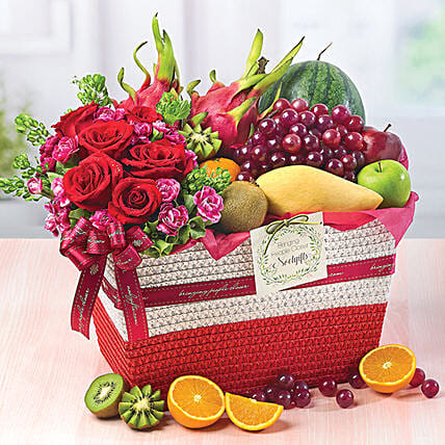 Fruity Paradise: Gift Baskets to Singapore
