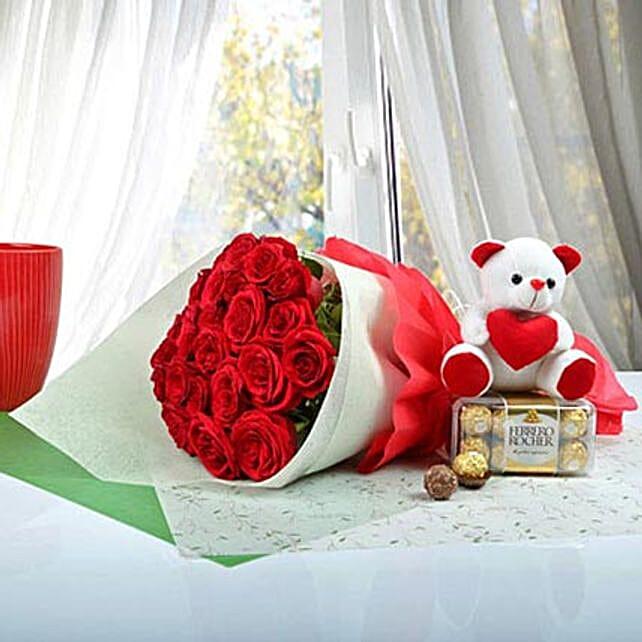 Cute Gift Hamper For U: Flowers and Chocolates to Dubai