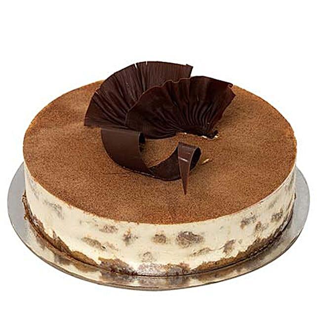 Special Tiramisu: Cake Delivery in UAE