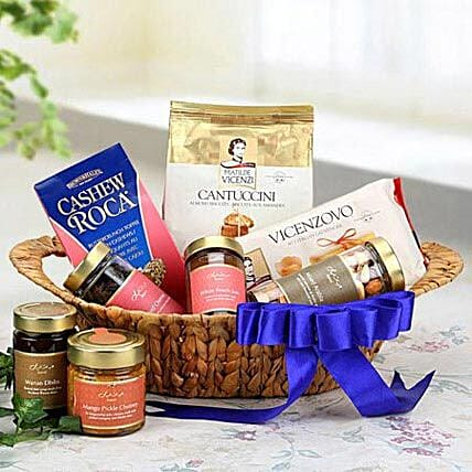 The Blue Allure: Gift Baskets to UAE