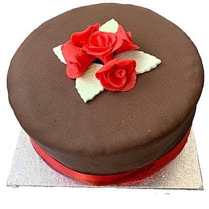 Chocolate Rose Cake: Birthday Cake Delivery in UK