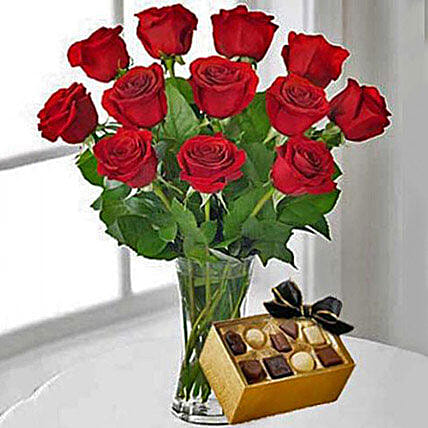 12 Red Roses With Chocolates: Valentine's Day Gifts to USA
