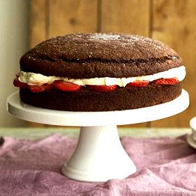 Eggless Cakes to UK