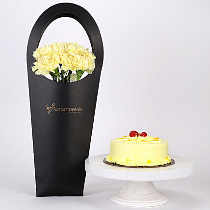 10 Yellow Carnation with Butterscotch Cake Online