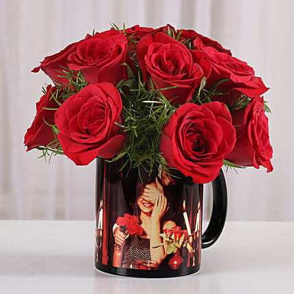 dark roses with personalised mug