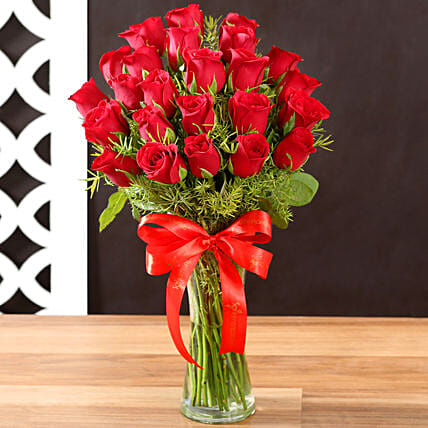 Online Red Roses and Vase
