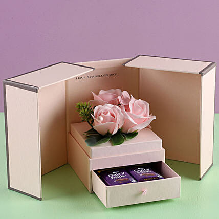 Artificial Pink Roses Love Combo