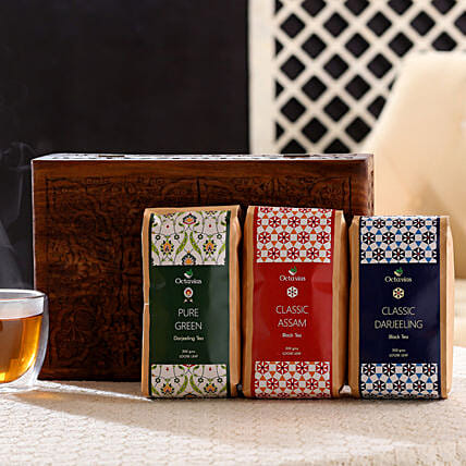Green Tea in Exclusive Wood Box