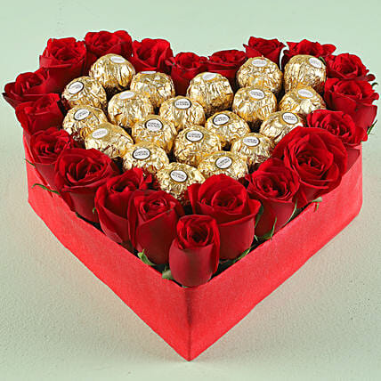Chocolate and Rose Arrangement Online