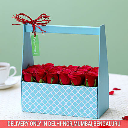 Buy Online Dreamy Box Of Red Roses