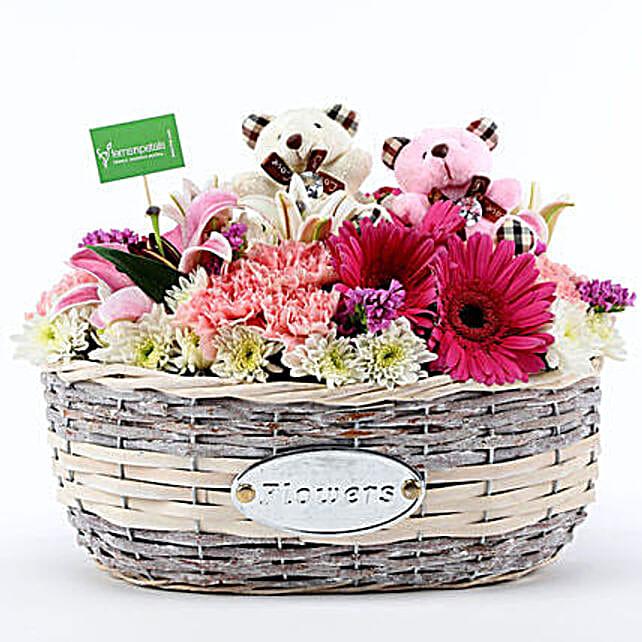 Stylish Flower Arrangment Online