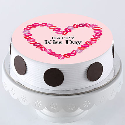 Online photo cake for kiss day