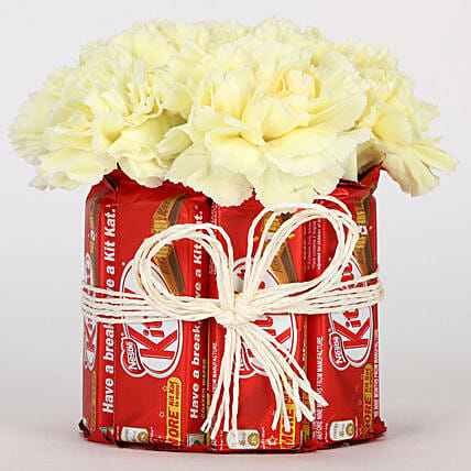 Kit Kat and Carnation Combo Online