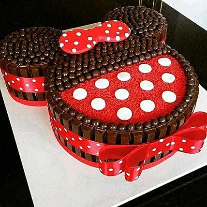 Minnie Mouse shaped chocolate Kit Kat Cake 2kg