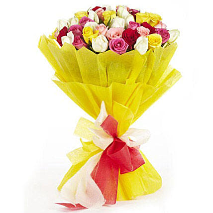 Love Storey - Bunch of mix colour 50 roses in 2 layer paper packing.