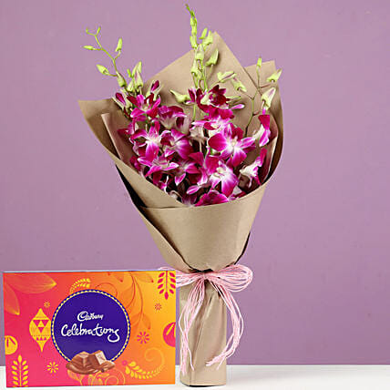Beautiful Flowers and Chocolate Hamper Online