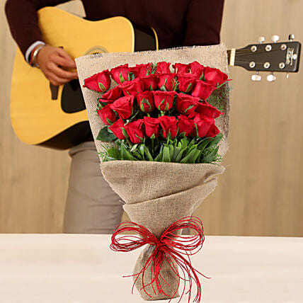100 Roses With Musical Tunes Online For Valentine's Day