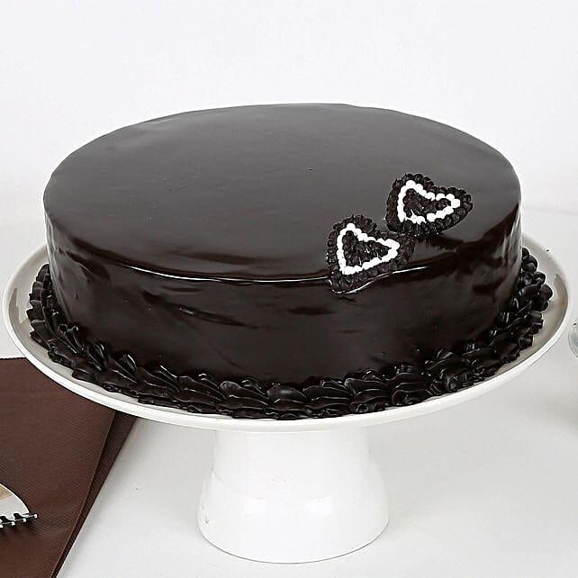 Rich Velvety Chocolate Cake Half kg