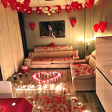 Romantic Decor Of Balloons and Candles