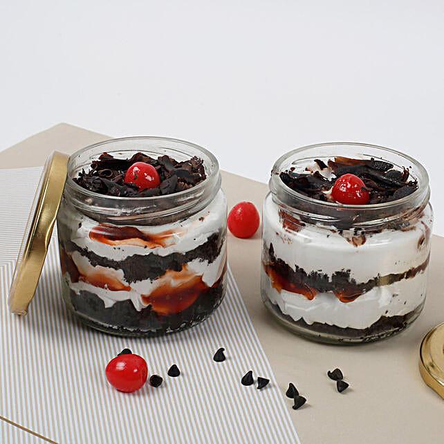 Sizzling Black Forest Jar Cake