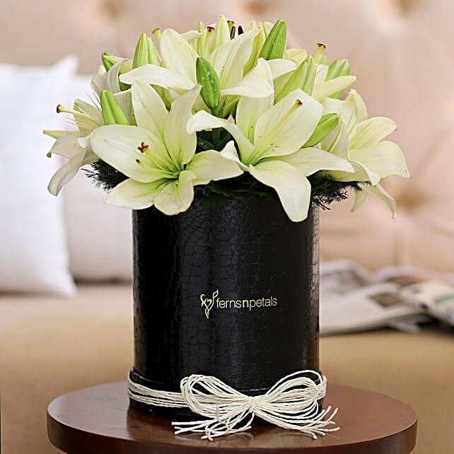 Premium Lilies Posy Online